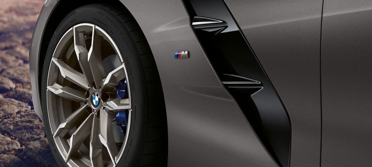 Felge BMW Z4 Roadster M40i G29 2019 BMW Individual Frozen Grey metallic Nahaufnahme Rad und Air Breather