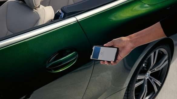 BMW M440i xDrive digital key